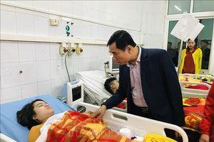 Thăm hỏi, động viên gia đình có người tử vong và các nạn nhân vụ cháy ở Thanh Hóa