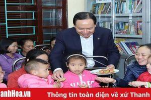 Bí thư Tỉnh ủy, Chủ tịch HĐND tỉnh Trịnh Văn Chiến thăm, chúc tết Làng trẻ em SOS và các gia đình chính sách tại TP Thanh Hóa