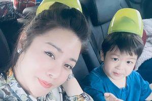 Nhật Kim Anh được đưa con đi chơi giữa ồn ào với chồng cũ