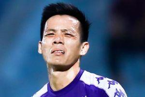 Văn Quyết đá hỏng phạt đền trước Bangkok United