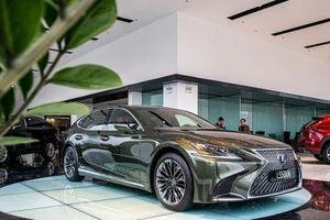 Lexus LS500h 2020 bản kỷ niệm giá gần 8 tỷ đồng đã chính thức có mặt Hà Nội