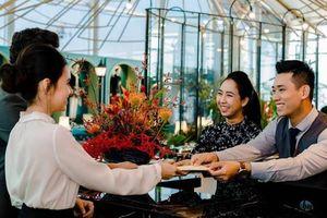 Tân Sơn Nhất: Nhân viên trả tài sản hơn 2 tỷ đồng khách để quên