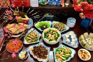 Món ăn ngày Tết: Miền Bắc cầu kì, miền Trung đơn giản, miền Nam ăn canh khổ qua đầu năm mới