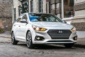 Hyundai Accent có thêm bản nâng cấp, giá từ 386 triệu đồng