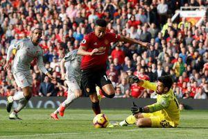 HLV Solskjaer: MU có cách đánh bại Liverpool