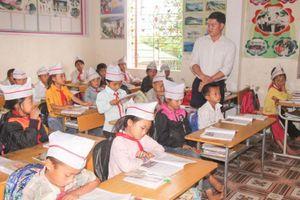 Bồi dưỡng giáo viên ở Nghệ An: Còn nhiều khó khăn ở huyện miền núi