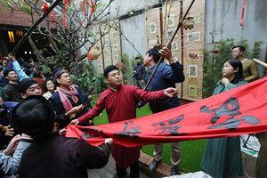 Rộn ràng lễ dựng Cây Nêu ở phố cổ Hà Nội