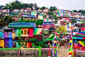 Ngôi làng cầu vồng – Thiên đường của Instagram