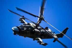 Xem trực thăng 'Cá sấu' Ka-52 của Nga nhào lộn 'có một không hai'