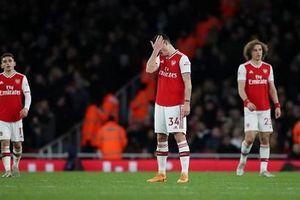 Arsenal, Man City bị cầm hòa sau những bàn thua phút cuối