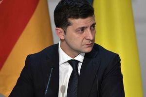 Tổng thống Ukraine nói không làm gì trái pháp luật, sẽ không để Mỹ lôi kéo
