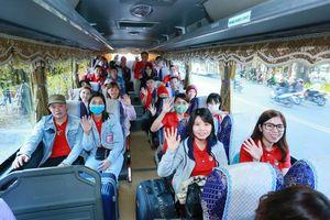 Ấm áp những chương trình đưa người lao động về quê đón Tết