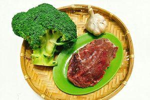 Xào bông cải với thịt bò theo cách này, đảm bảo ngon- giòn sần sật, lại tăng gấp đôi chất bổ