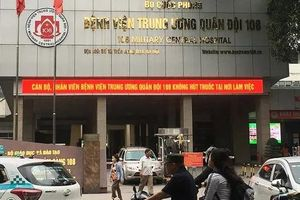 Hà Nội: Cụ ông U80 nhập viện cấp cứu vì uống nhầm 250ml nước rửa bát