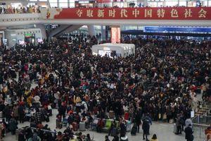 Người Trung Quốc ùn ùn 'Xuân vận' về quê ăn Tết
