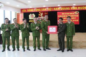 Cảnh sát phòng cháy chữa cháy, cứu hộ cứu nạn kịp thời, mưu trí, dũng cảm vì nhân dân phục vụ