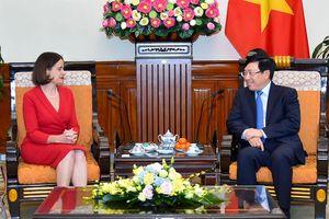 Phó Thủ tướng Phạm Bình Minh tiếp Đại sứ Australia Robyn Mudie