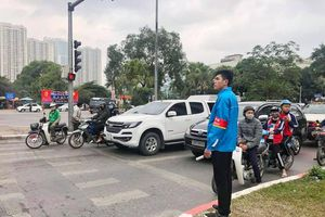 Tuổi trẻ Thủ đô ra quân tuyên truyền 'đã uống rượu bia thì không lái xe' dịp Tết Nguyên đán
