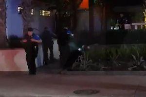 Cảnh sát Mỹ bắn hơn 20 phát đạn vào nghi phạm cầm dao