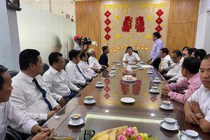 Nguyên Chủ tịch nước Trương Tấn Sang chúc tết Bến xe Miền Tây