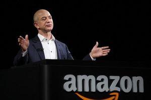 Tỷ phú Jeff Bezos một lần nữa đánh mất 'ngôi vương' cho ông trùm hàng xa xỉ Pháp