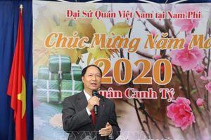 Người Việt muôn phương vui Xuân mới