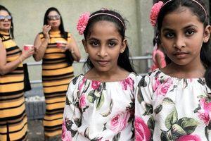 Sự kiện phá kỷ lục thế giới ở Sri Lanka quá tải vì các cặp song sinh