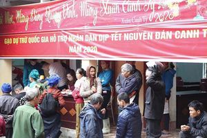 Hỗ trợ gạo cho hơn 430 nghìn dân nghèo đón Tết