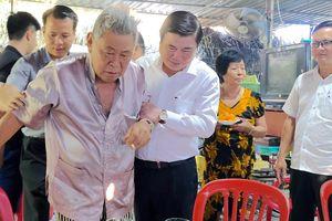Chủ tịch UBND TPHCM Nguyễn Thành Phong thăm, chúc tết người dân Khu Công nghệ cao
