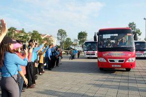 62 chuyến xe miễn phí đưa 2500 công nhân về quê đón Tết
