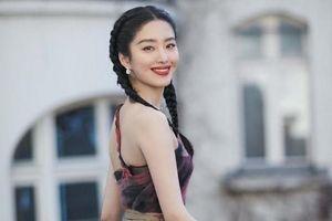 Bà của Dương Thái Ngọc bị nghi nhiễm virus viêm phổi lạ