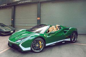 Đại gia Bình Phước đổi màu siêu xe Ferrari 488 Spider đón Tết