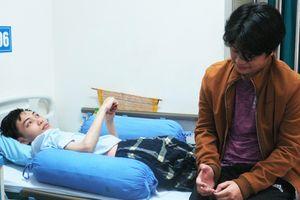 Nghẹn lòng tâm sự của chàng trai khuyết chân đón Tết ở bệnh viện