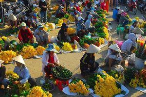 Cận cảnh chợ Tết ở làng quê Việt: Bình dị nhưng đầy không khí Tết