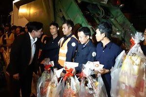 Bí thư Tỉnh ủy Đắk Lắk xuống đường động viên lao công trong đêm