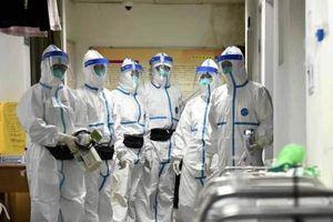 Trung Quốc phong tỏa 8 thành phố sau khi số nạn nhân chết vì virus corona tăng vọt