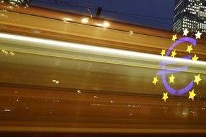 Chủ tịch ECB tỏ ra lạc quan hơn về triển vọng của Eurozone