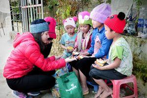 Vietcombank góp 9 tỷ đồng mang Tết ấm đến người nghèo