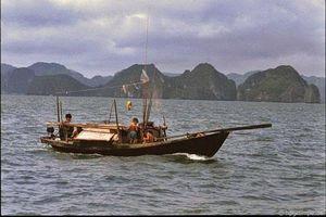 Kho ảnh khổng lồ về Việt Nam 1991-1993: Thiên đường Hạ Long