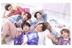 BTS trở thành nghệ sĩ Hàn Quốc đầu tiên có album đạt chứng chỉ Bạch Kim tại Mỹ!