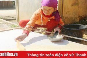 Độc đáo tục làm giấy bản linh thiêng đón năm mới của người dân tộc Mông Mường Lát