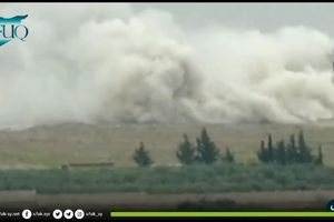 Khoảnh khắc Nga dội bom đánh sập trung tâm đầu não của phiến quân Syria