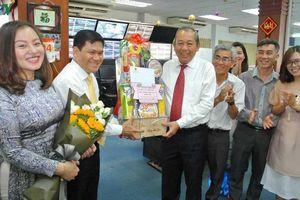 Phó Thủ tướng Trương Hòa Bình thăm VOV Giao thông chiều 30 Tết