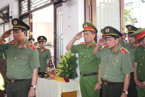 Thăng quân hàm, đề nghị công nhận liệt sĩ cho Đại úy Công an hy sinh khi làm nhiệm vụ chiều 30 Tết