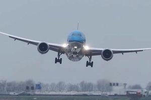Cục Hàng không Việt Nam yêu cầu hủy toàn bộ cấp phép bay đi/đến Vũ Hán