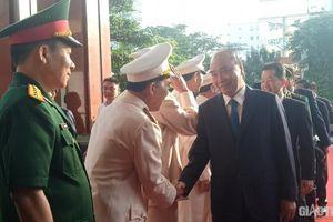 Thủ tướng Nguyễn Xuân Phúc xông đất Công an TP Đà Nẵng