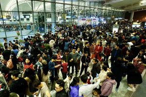 Phòng dịch viêm phổi, khách được hoàn vé các chuyến bay đến Trung Quốc