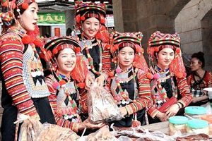 Chợ phiên - nét văn hóa của đồng bào vùng cao