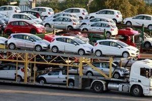 Chi 63 triệu USD nhập khẩu hơn 2.300 ô tô trong 15 ngày đầu năm