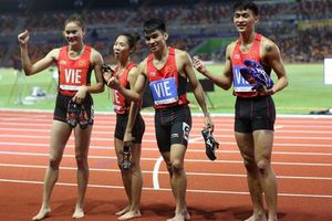 'Người múa quạt' Trần Nhật Hoàng và hat-trick vàng SEA Games 30